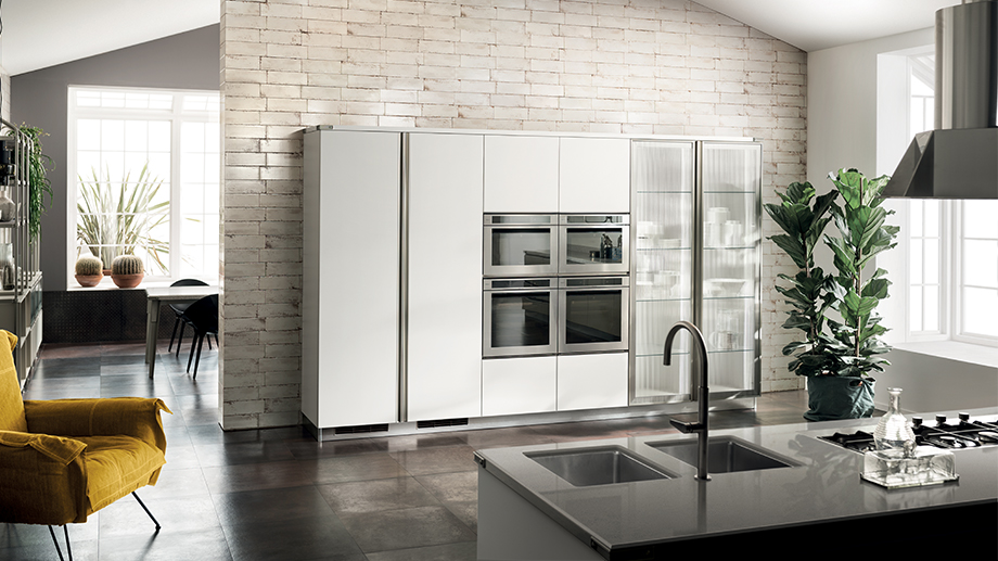 Tall units in the kitchen: high or midi?